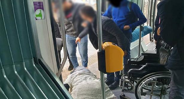 """Tramway Rabat-Salé déplore l'incident """"regrettable"""" et """"isolé"""" entre un contrôleur et une passagère en situation de handicap"""