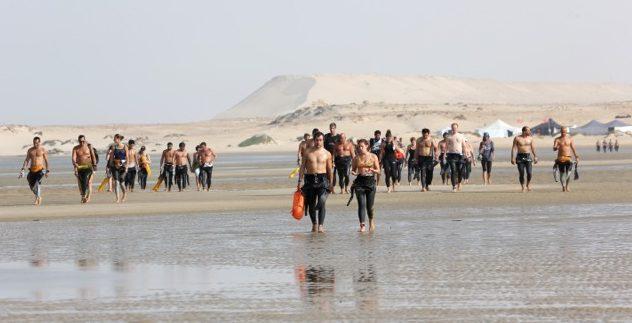 """Dakhla: Les nageurs marocains dominent la 5ème édition du """"Morocco Swim Trek"""""""