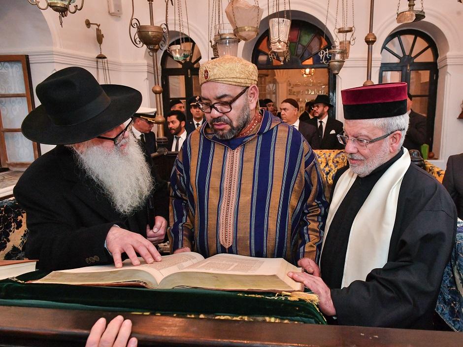 الصويرة.. الملك محمد السادس يقيم مأدبة عشاء على شرف أعضاء الطائفة اليهودية المغربية والشخصيات المدعوة