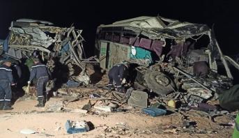 الجزائر.. 12 قتيلا و46 جريحا في حادث اصطدام بين حافلتين