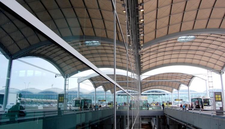 Espagne : Un aéroport fermé à l'approche d'une tempête