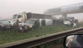 الضباب الكثيف يتسبب في حادث سير مروع بالقرب من المحمدية