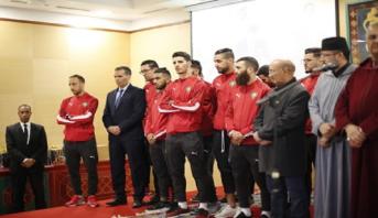 حفل استقبال بالقنيطرة على شرف المنتخب الوطني لكرة القدم داخل القاعة المتوج باللقب القاري