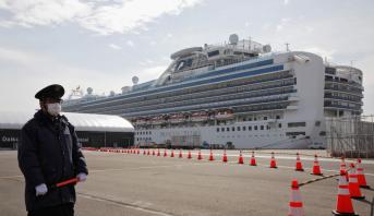 فيروس كورونا.. ارتفاع عدد المصابين على متن السفينة السياحية قبالة اليابان إلى 355