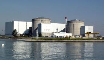 Le nucléaire doit rester un pilier du mix énergétique français, affirme Emmanuel Macron