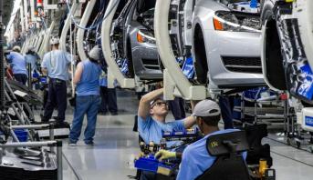 مخطط فرنسي طموح وضخم لإنقاذ قطاع صناعة السيارات المتضرر من جائحة كورونا
