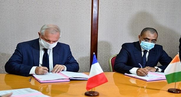La France accorde 20 milliards FCFA à la Côte d'Ivoire pour lutter contre la COVID 19