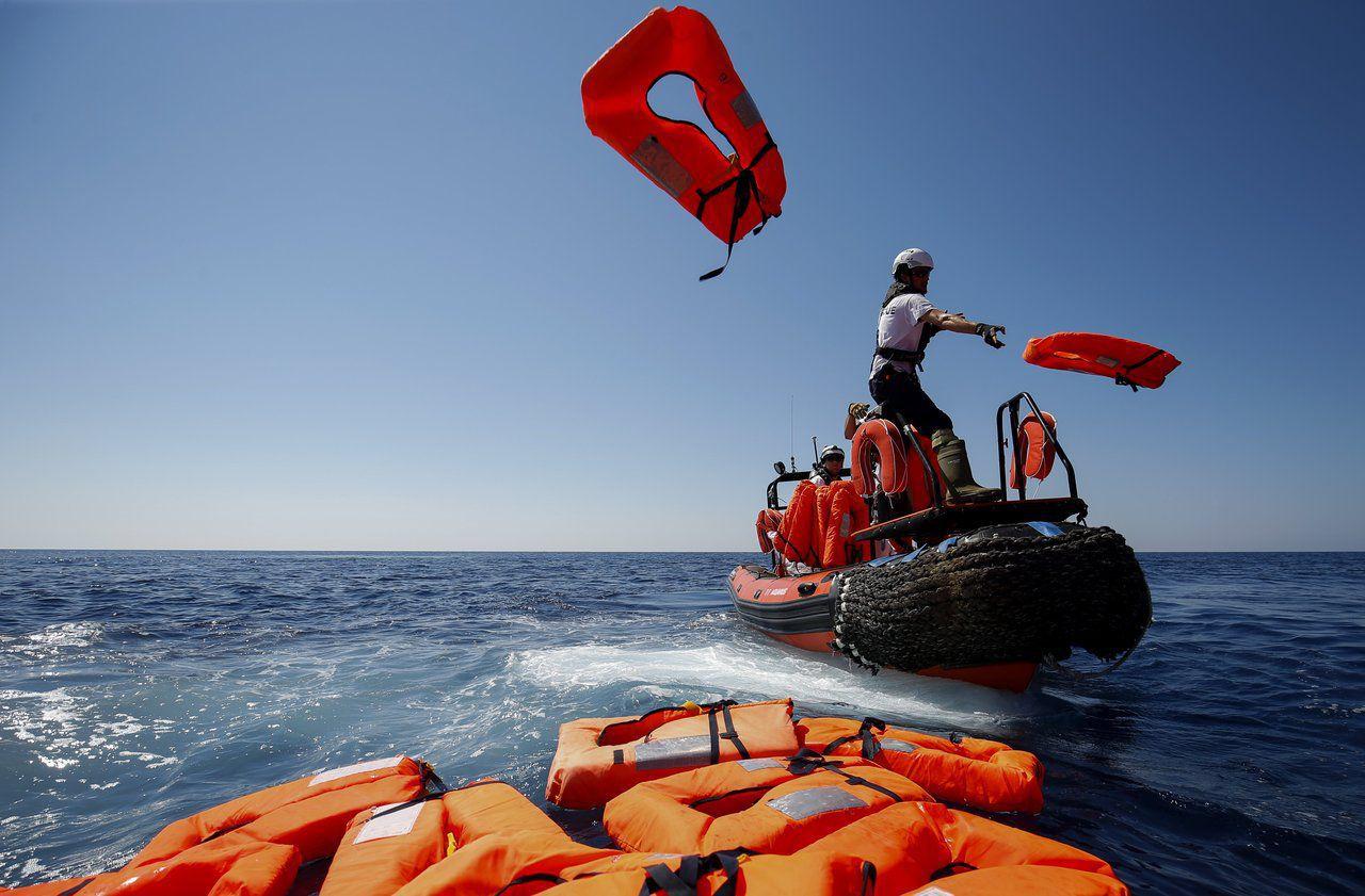مآسي الهجرة السرية .. ارتفاع عدد ضحايا القارب المنكوب قبالة سواحل صفاقس بتونس
