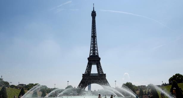 France: La Tour Eiffel rouvre après 104 jours de fermeture à cause de Covid-19