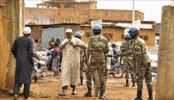 تحليل .. المجموعة الاقتصادية لدول غرب إفريقيا تحاول التوفيق بين أطراف الأزمـة المالية
