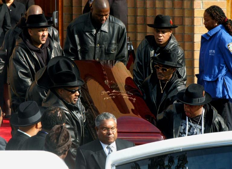 اتهام رجلين بقتل مغني الراب جام ماستر جاي بعد 18 عاما على الجريمة