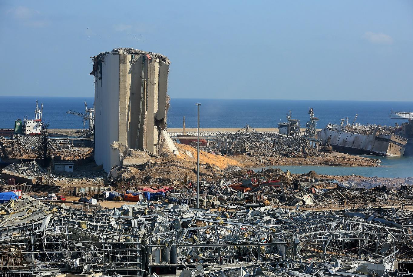 المحكمة العليا في لبنان تقرر رسميا استبعاد قاضي التحقيق عن النظر بدعوى انفجار مرفأ بيروت