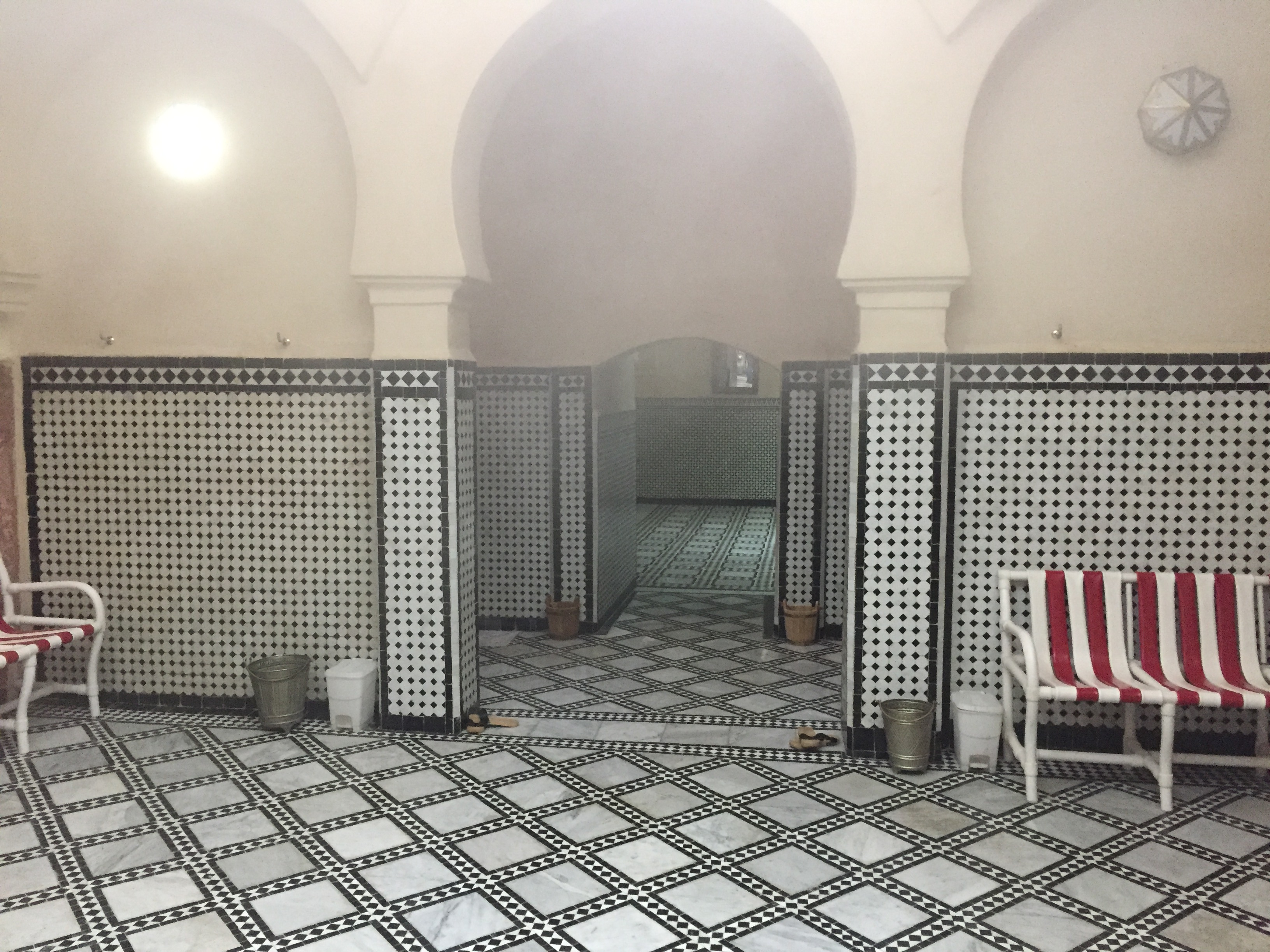 أرباب الحمامات التقليدية يعبرون عن امتعاضهم بسبب الإغلاق