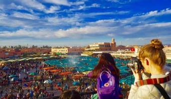 تدابير استثنائية لدعـم القطاع السياحي.. والمرشدون السياحيون مشمولون بتوسيع التغطية الصحية