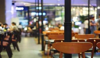 كوفيد_19: أصحاب المطاعم، تفهم لقرارات الإغلاق رغم تراكم الخسائر