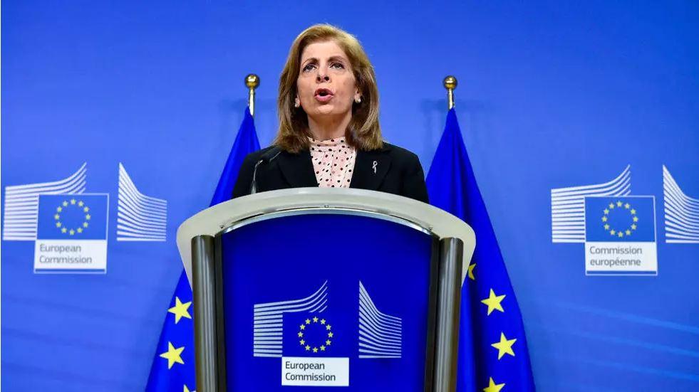المخاوف بشأن الإمدادات ترفع إيقاع التوتر بين الاتحاد الأوروبي وأسترازينكا