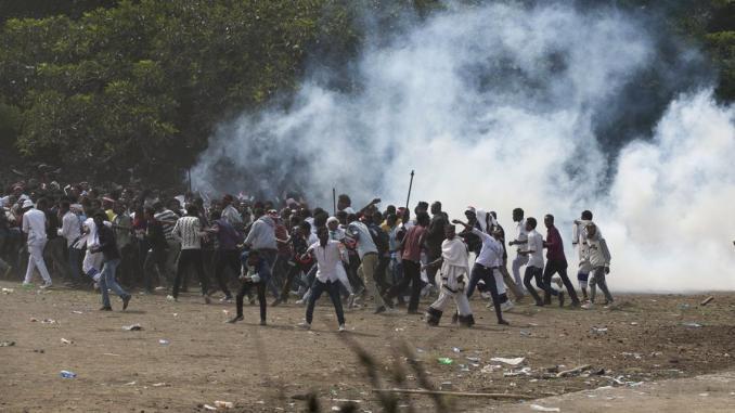 إثيوبيا .. مصرع 30 شرطيا في اشتباكات مع ميليشيا عرقية بولاية عفار