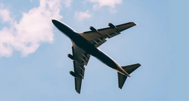 الطيران سجل هبوطا قياسيا نسبته 66% في عدد الركاب في 2020