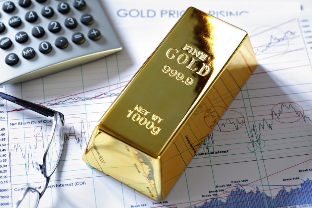 انخفاض أسعار الذهب مع صعود الدولار لأعلى مستوى له في شهرين