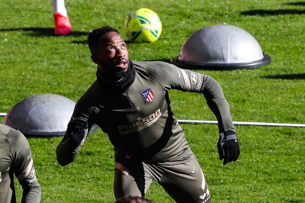 أتلتيكو مدريد يعلن إصابة لاعبه موسى ديمبلي بكورونا