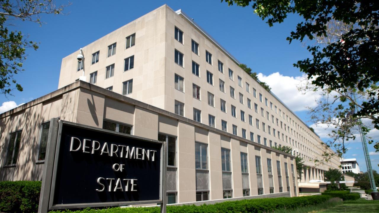 """وزارة الخارجية الأمريكية توصي الأمريكيين """"بعدم السفر"""" إلى الجزائر بسبب مخاطر إرهابية"""