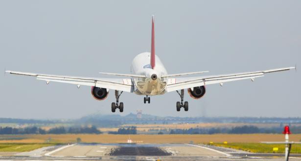 ارتفاع حركة النقل الجوي للمسافرين خلال شهر شتنبر الماضي بنسبة 14ر9 في المائة