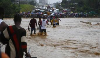 Pluies torrentielles à Abidjan, au moins 5 morts