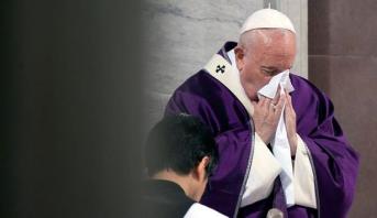 البابا لن يشارك في الرياضة الروحية بسبب إصابته بالزكام