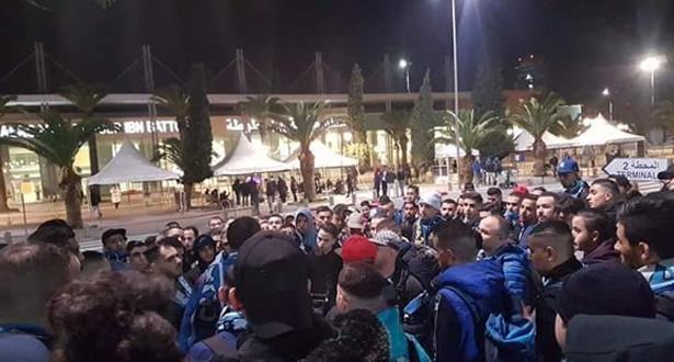 """إلغاء رحلة جماهير اتحاد طنجة إلى الجزائر و""""فارس البوغاز"""" يرد"""