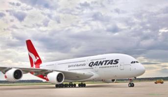 شركة طيران عالمية ستطلب من مسافريها تلقي لقاح كوفيد-19 قبل السفر