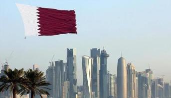 قطر تلغي تصاريح الخروج للوافدين من غير الخاضعين لقانون العمل