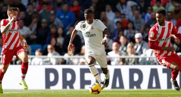 جيرونا يعود بفوز ثمين من معقل ريال مدريد
