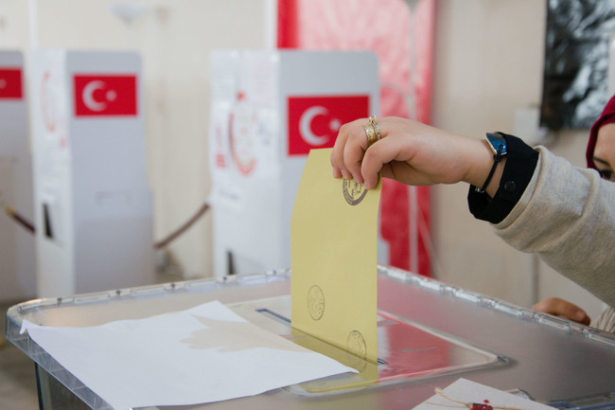 Actualité turquie ouverture des bureaux de vote pour le