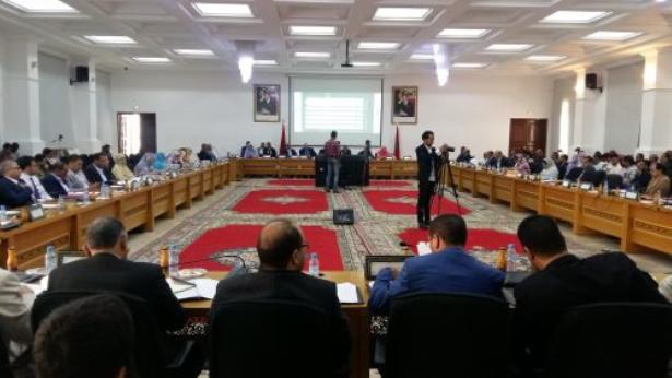 الداخلة.. مجلس الجهة يصادق على إحداث شركات للتنمية الجهوية في عدة قطاعات حيوية