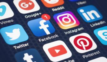 Réseaux sociaux: gare aux Fake news