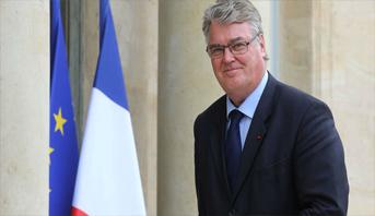 استقالة مفوض أنظمة التقاعد المتهم بتضارب مصالح في فرنسا