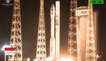 """لحظة إطلاق القمر الصناعي """"محمد السادس – ب"""""""