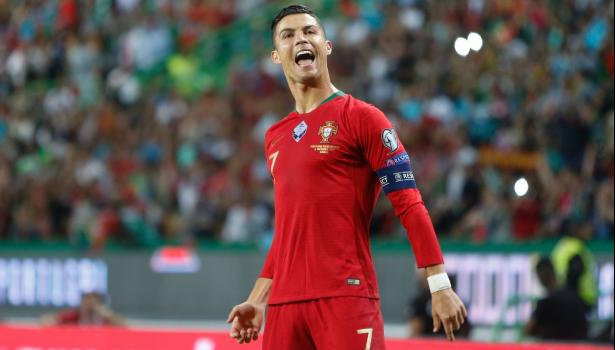 """Portugal: Cristiano Ronaldo """"heureux"""" de participer à un cinquième Euro"""