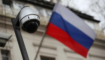 موسكو تنفي اتهامات لندن بمحاولة سرقة معلومات تتعلق بتطوير لقاح كورونا المستجد