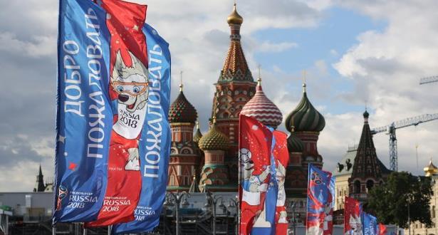روسيا تستعد للاحتفال بانطلاق كأس العالم لكرة القدم وسط عدة تحديات