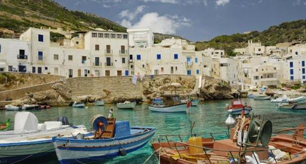 صقلية تعتزم بأن تصبح أول منطقة إيطالية خالية من البلاستيك