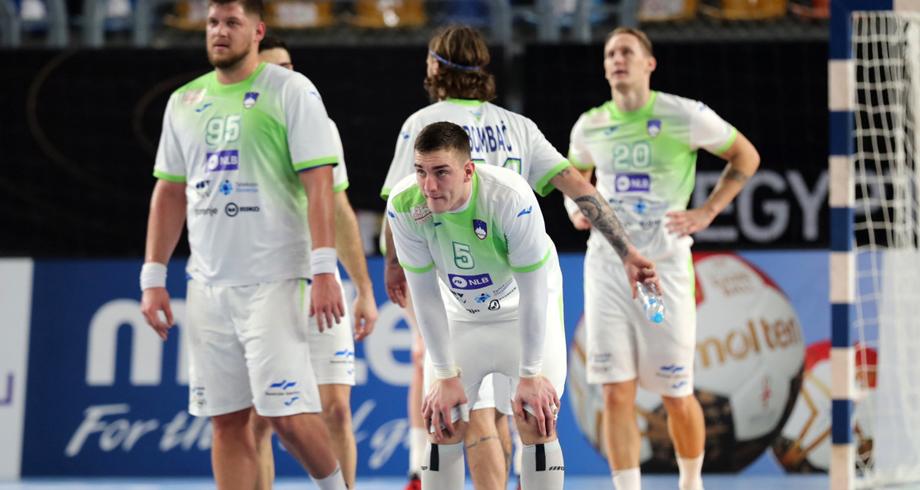 """مونديال اليد .. سلوفينيا """"تستنكر"""" وتتهم مصر بتسميم 12 لاعبا"""
