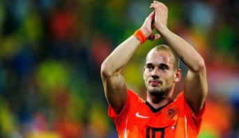 Pays-Bas: Sneijder envisage de sortir de sa retraite pour le FC Utrecht (médias)