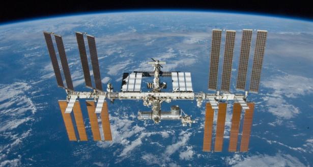 """روسيا تعلن انسحابها من مشروع إنشاء المحطة القمرية """"غيتواي"""" الأمريكية"""