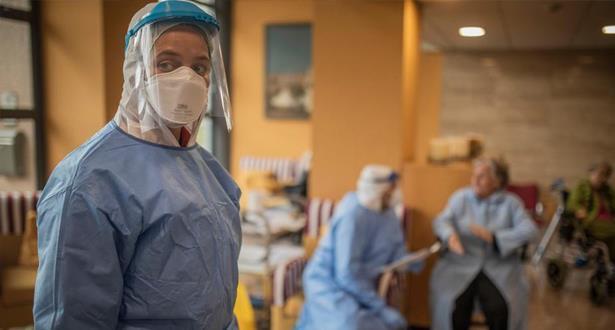 لليوم الثاني على التوالي .. انخفاض عدد الوفيات بفيروس كورونا في إسبانيا