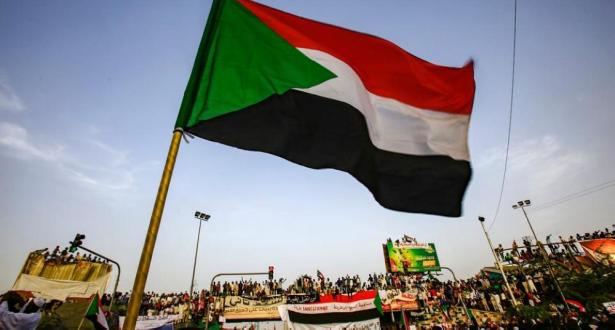"""المجلس العسكري السوداني يؤيد تولي شخصية """"مستقلة"""" رئاسة الحكومة"""