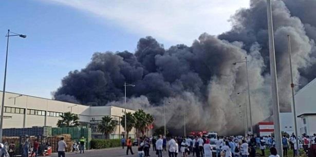 احتواء حريق اندلع بوحدة صناعية بالمنطقة الحرة لطنجة