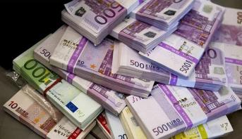 طنجة المتوسط : حجز مبلغ مالي من العملة الصعبة غير مصرح بها