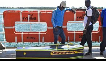 Naufrage sur le lac Victoria : la Tanzanie enterre ses morts