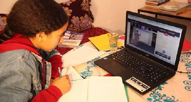 Conseil arabe pour l'enfance: plus de 175.000 enfants utilisent Internet pour la première fois chaque jour